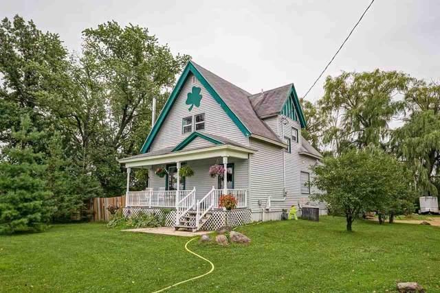 5021 W Netherwood Rd, Oregon, WI 53575 (#1916120) :: HomeTeam4u