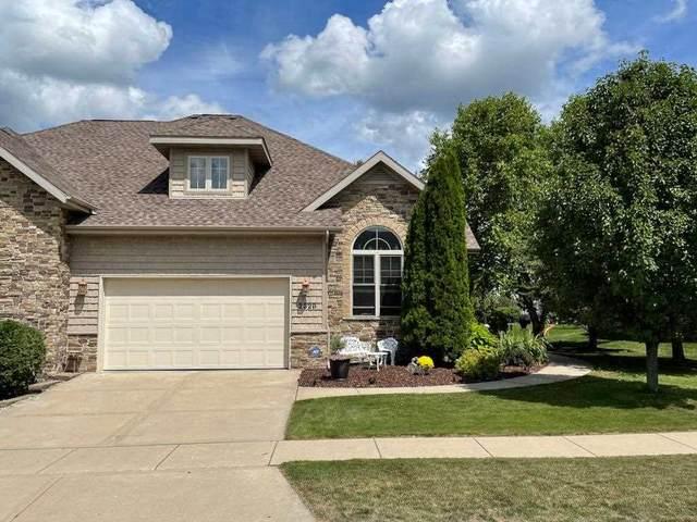 2328 Blue Heron Blvd, Sun Prairie, WI 53590 (#1916272) :: HomeTeam4u