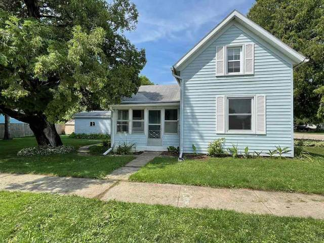 1210 Blue Mounds St, Black Earth, WI 53515 (#1917083) :: RE/MAX Shine
