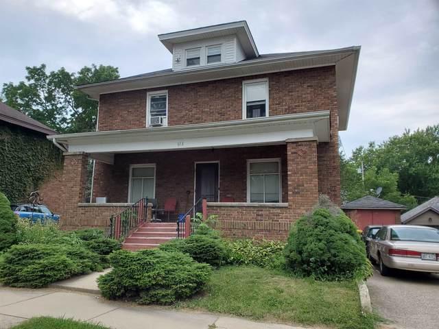 613 22nd Ave, Monroe, WI 53566 (#1917602) :: Nicole Charles & Associates, Inc.