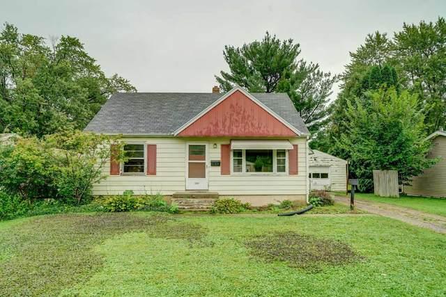 5202 Shore Acres, Monona, WI 53716 (#1917617) :: HomeTeam4u
