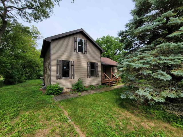 239 Nelson St, Sharon, WI 53585 (#1917650) :: RE/MAX Shine