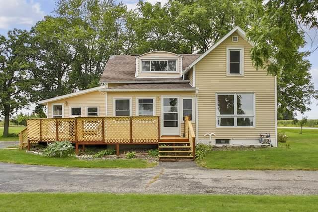 N3451 County Road Dg, Fountain Prairie, WI 53932 (#1917681) :: HomeTeam4u