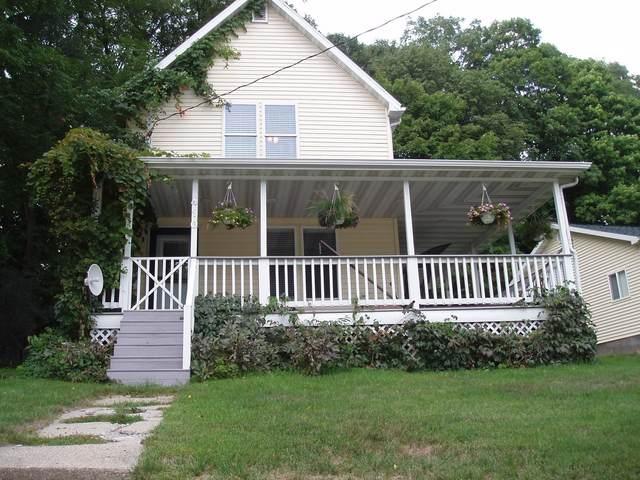 410 Galena St, Darlington, WI 53530 (#1917982) :: Nicole Charles & Associates, Inc.