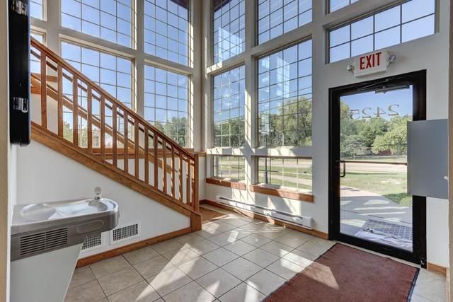 2425 New Pinery Rd, Portage, WI 53901 (#1918007) :: Nicole Charles & Associates, Inc.