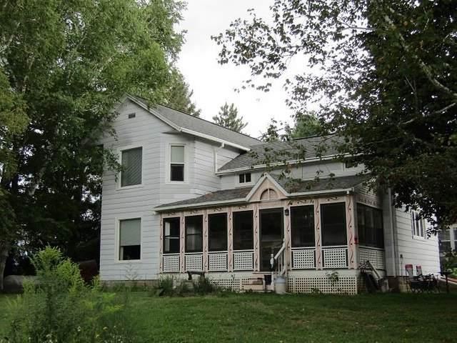 590 County Road E, Nepeuskun, WI 54971 (#1918113) :: Nicole Charles & Associates, Inc.