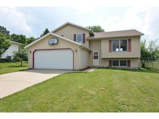 3725 Lien Rd, Madison, WI 53704 (#1918159) :: RE/MAX Shine