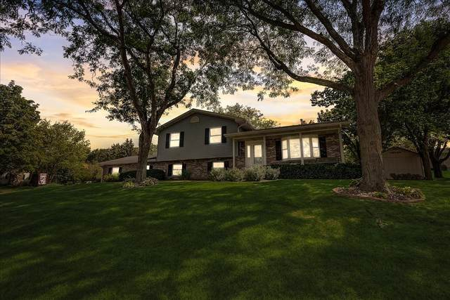 536 N Midway Ave, Jefferson, WI 53549 (#1918267) :: RE/MAX Shine