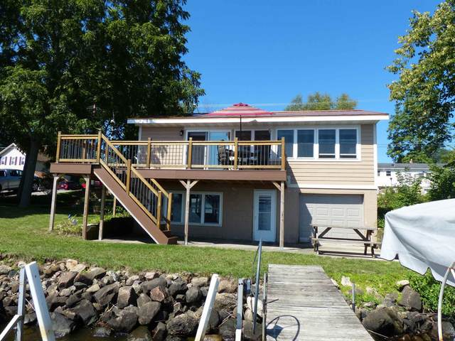 311 River St, Merrimac, WI 53561 (#1918412) :: Nicole Charles & Associates, Inc.