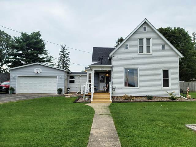 140 Woodward Ave, Livingston, WI 53554 (#1918447) :: RE/MAX Shine