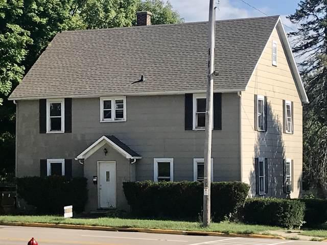 335 8th Ave, Baraboo, WI 53913 (#1918515) :: Nicole Charles & Associates, Inc.