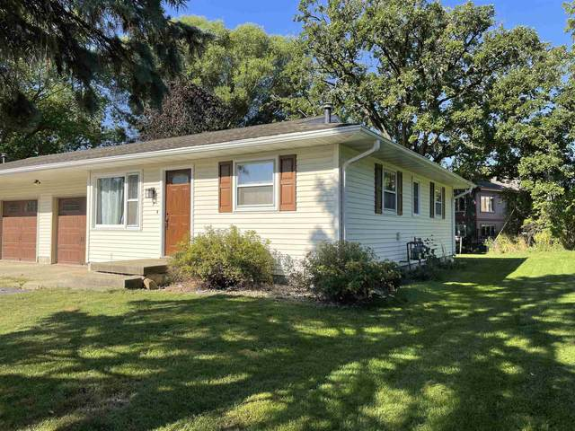 7 S Western Ave, Deerfield, WI 53531 (#1918580) :: RE/MAX Shine