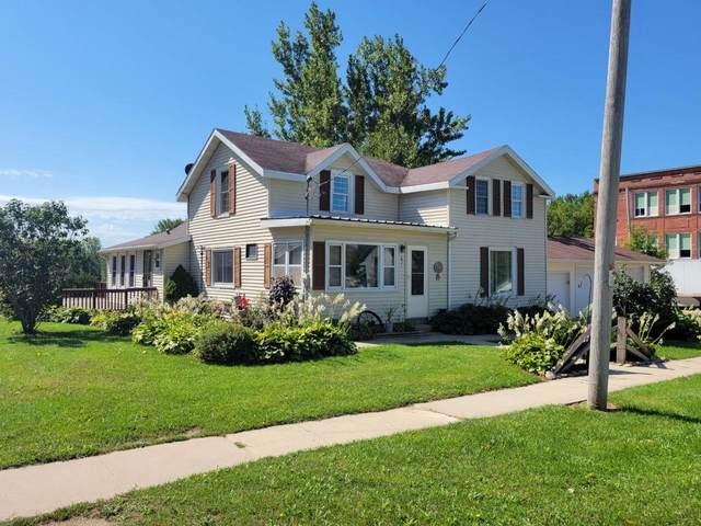 431 Main St, Kingston, WI 53939 (#1919134) :: Nicole Charles & Associates, Inc.