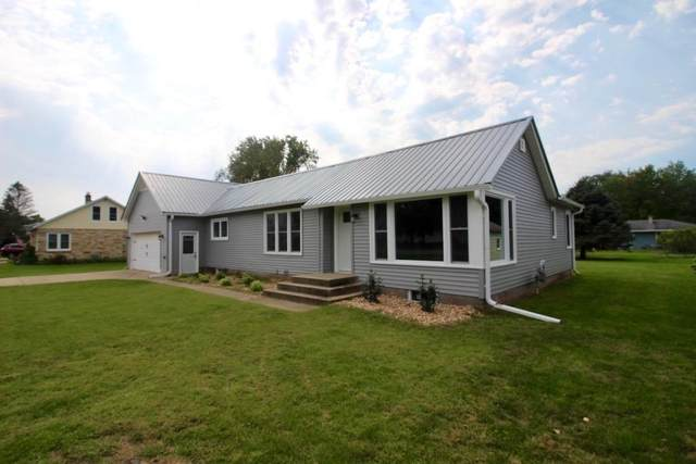 400 N Winsted St, Spring Green, WI 53588 (#1919279) :: Nicole Charles & Associates, Inc.