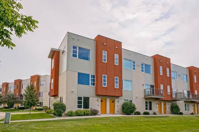 5643 Brendan Ave, Fitchburg, WI 53711 (#1919340) :: Nicole Charles & Associates, Inc.
