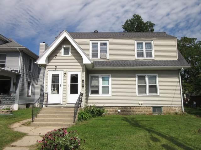 341 Maine St, Mauston, WI 53948 (#1919439) :: RE/MAX Shine