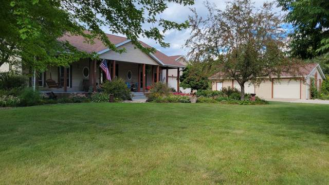 4060 Lally Rd, Dunn, WI 53575 (#1919479) :: RE/MAX Shine