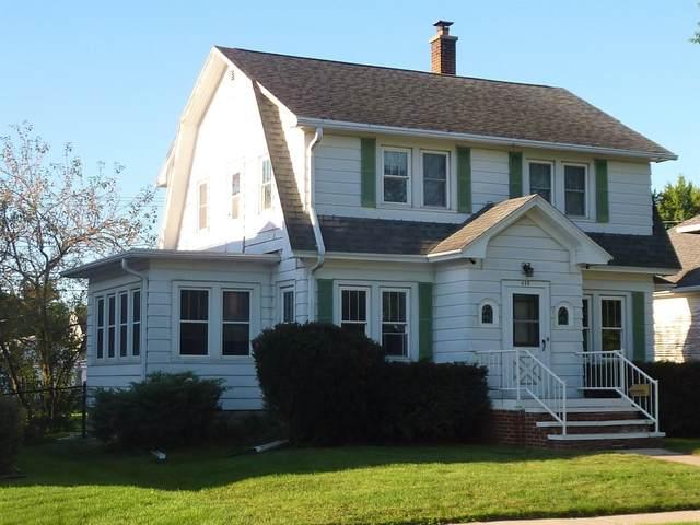 415 W Franklin St, Waupun, WI 53963 (#1919484) :: Nicole Charles & Associates, Inc.