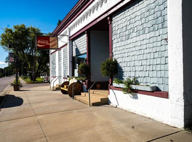 202 Main St, Camp Douglas, WI 54618 (#1919513) :: RE/MAX Shine