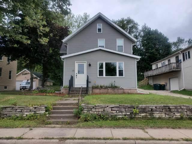 107 Storck Street, Slinger, WI 53086 (#1919559) :: RE/MAX Shine