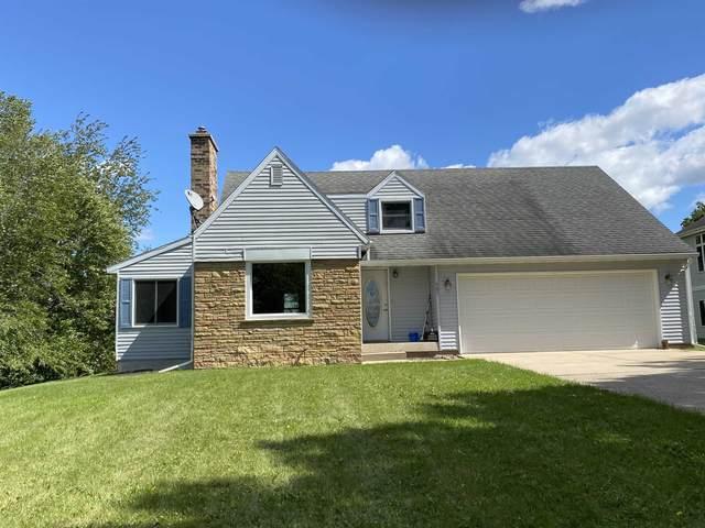 581 Whalen Rd, Verona, WI 53593 (#1919626) :: Nicole Charles & Associates, Inc.