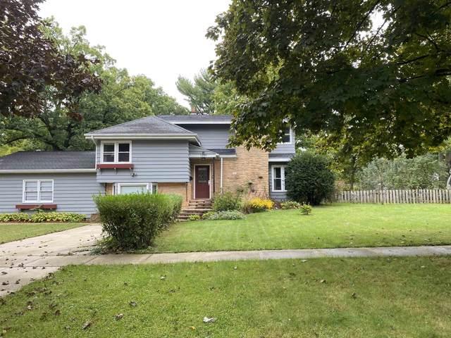 1130 Church St, Wisconsin Dells, WI 53965 (#1919691) :: Nicole Charles & Associates, Inc.