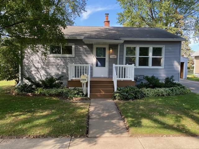1326 Jerome Ave, Janesville, WI 53546 (#1919787) :: Nicole Charles & Associates, Inc.