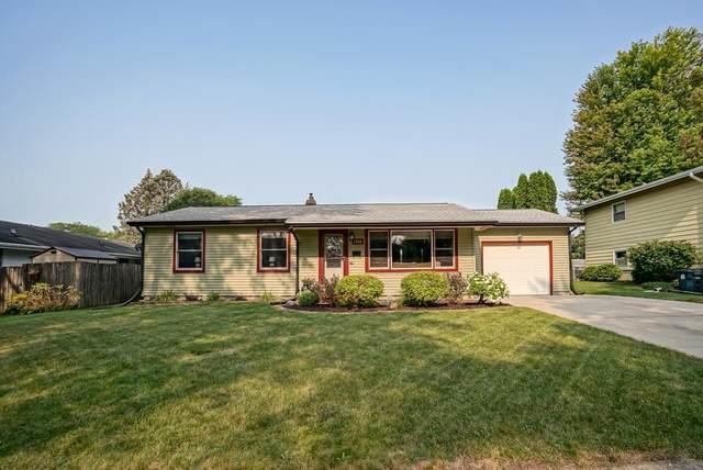 1318 Bay Ridge Rd, Madison, WI 53716 (#1919833) :: Nicole Charles & Associates, Inc.