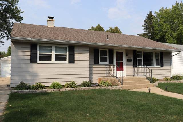 1702 Gartland Ave, Janesville, WI 53548 (#1919835) :: Nicole Charles & Associates, Inc.