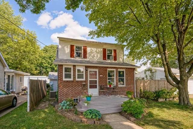 202 Oak St, Madison, WI 53704 (#1919846) :: Nicole Charles & Associates, Inc.