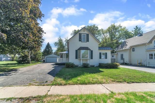 715 W Madison Ave, Milton, WI 53563 (#1919901) :: Nicole Charles & Associates, Inc.