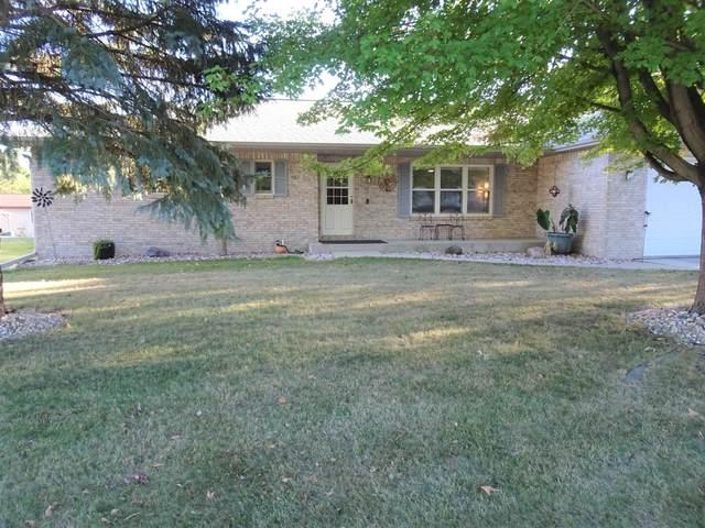 565 Garfield Ave, Evansville, WI 53536 (#1919916) :: Nicole Charles & Associates, Inc.