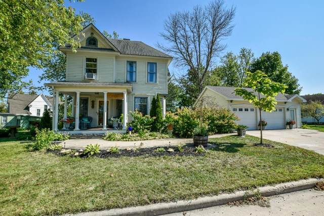 121 Dodge St, Mineral Point, WI 53565 (#1919932) :: RE/MAX Shine