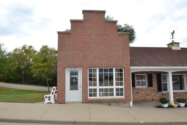 218 S Main St, Lodi, WI 53555 (#1920041) :: Nicole Charles & Associates, Inc.