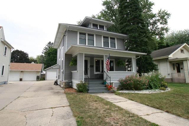 722 Eisenhower Ave, Janesville, WI 53545 (#1920065) :: Nicole Charles & Associates, Inc.
