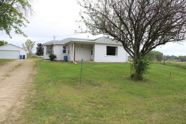 4978 W Clayton Rd, Fitchburg, WI 53711 (#1920154) :: HomeTeam4u