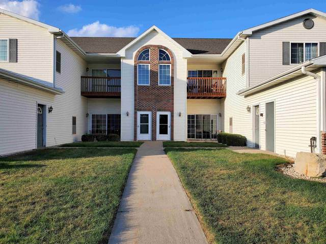 1604 Commonwealth Dr, Fort Atkinson, WI 53538 (#1920201) :: RE/MAX Shine