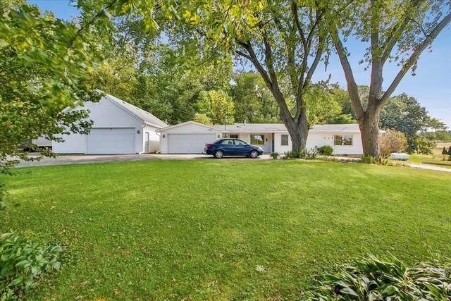 2108 Caine Rd, Fitchburg, WI 53575 (#1920246) :: HomeTeam4u