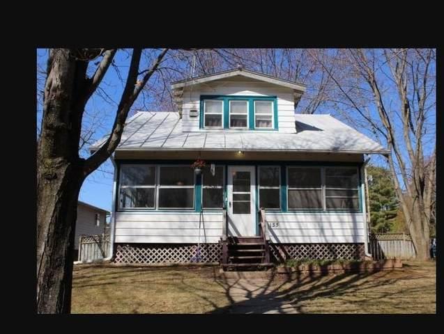 135 N Birney St, Lake Delton, WI 53965 (#1920678) :: RE/MAX Shine