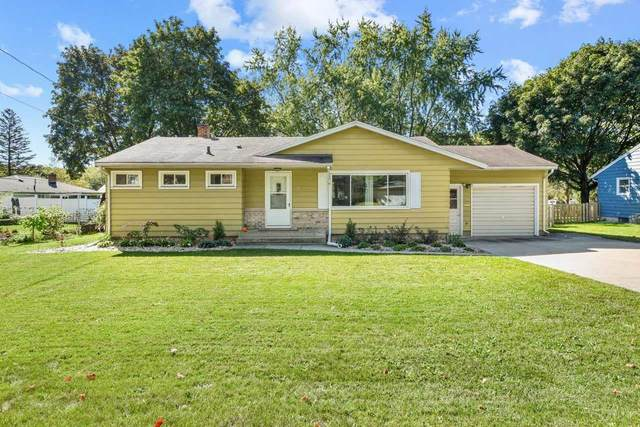 402 Frost Woods Rd, Monona, WI 53716 (#1920859) :: Nicole Charles & Associates, Inc.