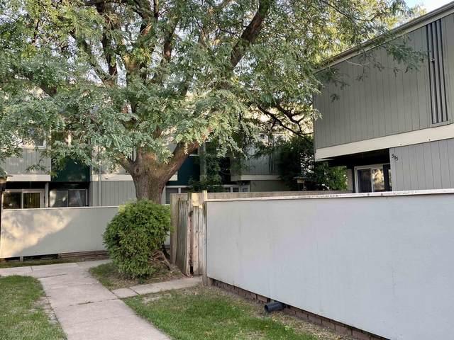 505 East Bluff, Madison, WI 53704 (#1921126) :: Nicole Charles & Associates, Inc.