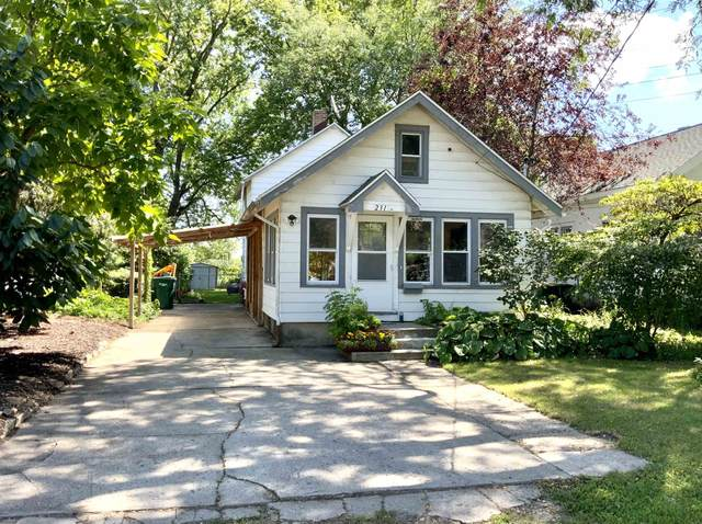 231 Powers Ave, Blooming Grove, WI 53714 (#1921193) :: RE/MAX Shine