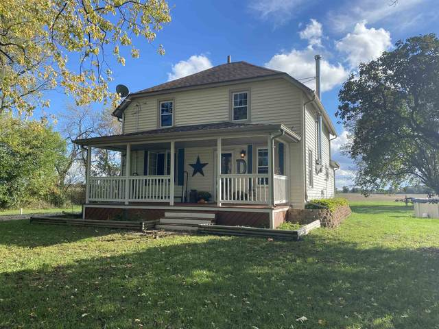 11420 E Townline Rd, Johnstown, WI 53190 (#1921624) :: RE/MAX Shine