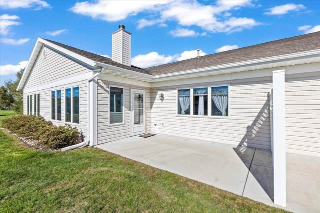 400 S Rice, Whitewater, WI 53190 (#1922066) :: RE/MAX Shine