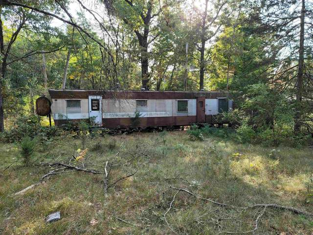 1940 W 19th Ave, Strongs Prairie, WI 54613 (#1922176) :: HomeTeam4u