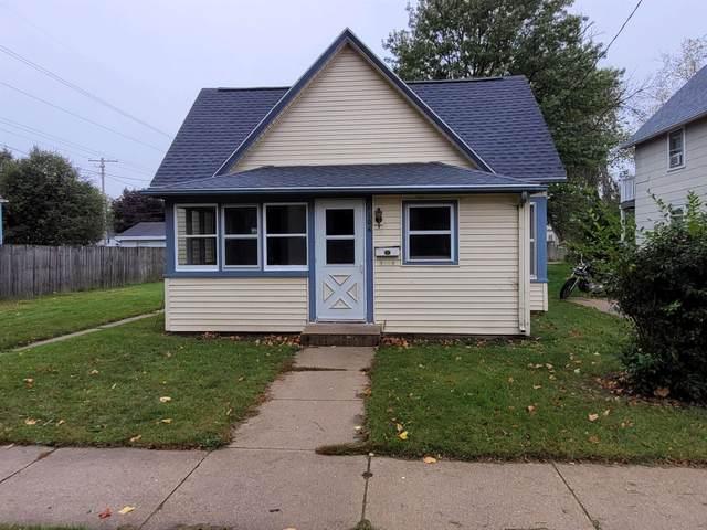 1106 Oak St, Beloit, WI 53511 (#1922433) :: HomeTeam4u