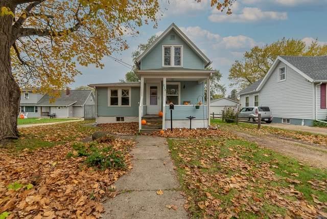 828 Mckinley Ave, Beloit, WI 53511 (#1922593) :: Nicole Charles & Associates, Inc.