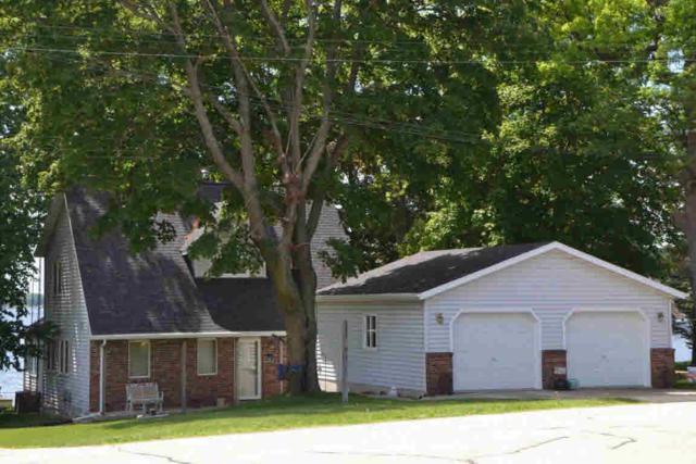 N3069 Lake Shore Dr, Green Lake, WI 53946 (#353910) :: Nicole Charles & Associates, Inc.