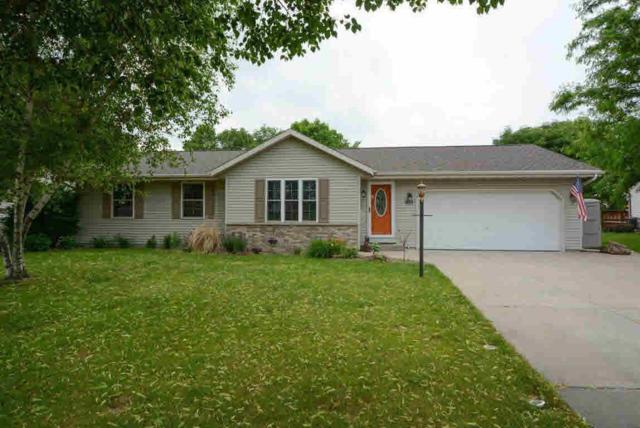 1020 Crestview Drive, Watertown, WI 53094 (#355073) :: Nicole Charles & Associates, Inc.
