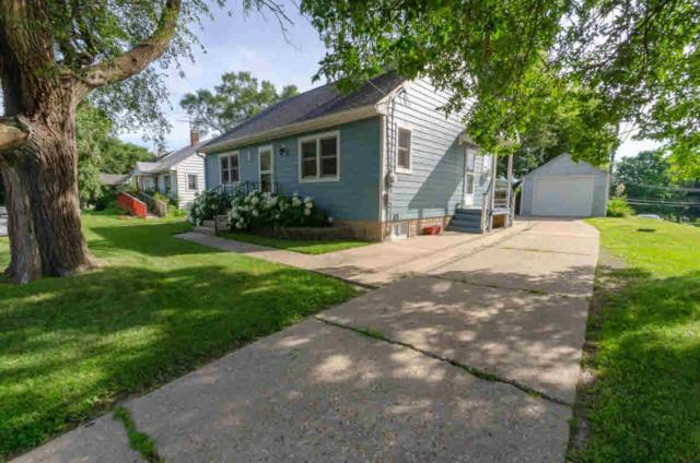 331 S Concord Ave, Watertown, WI 53094 (#355418) :: Nicole Charles & Associates, Inc.